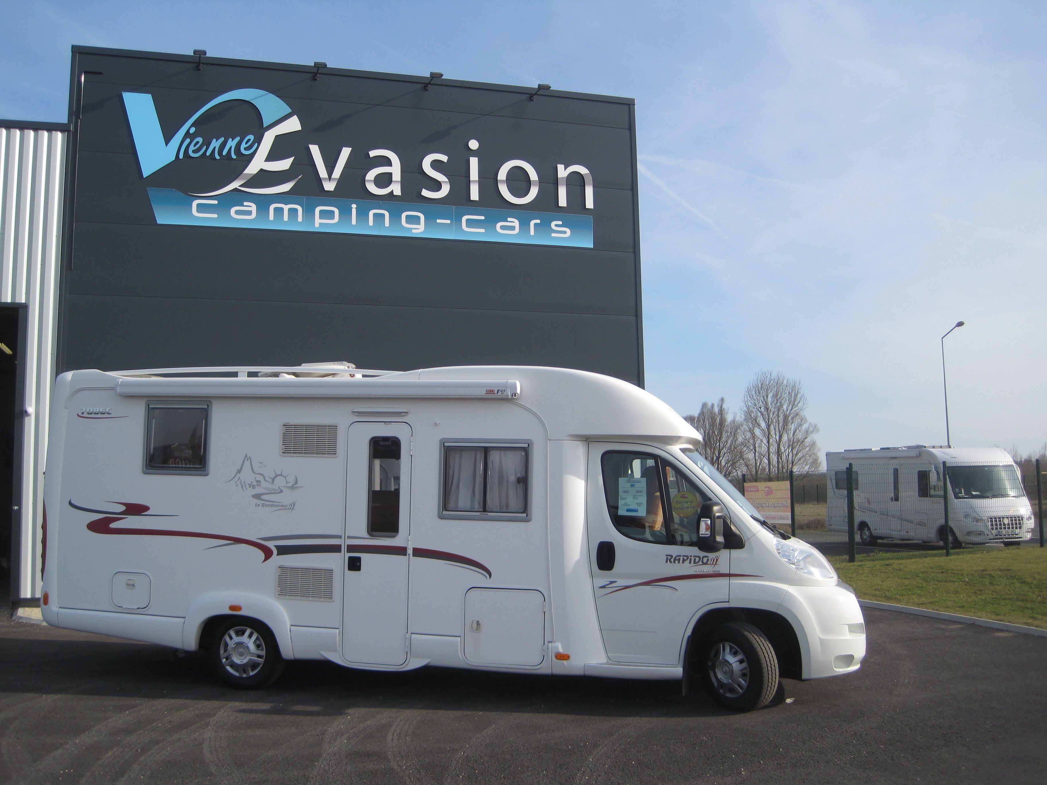annonce rapido 746 camping car d occasion rapido 746. Black Bedroom Furniture Sets. Home Design Ideas