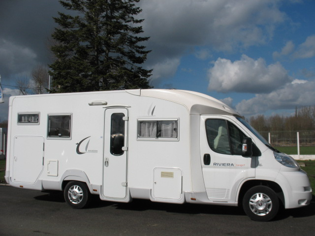 Annonce c i riviera garage p camping car d occasion c for Camping car garage